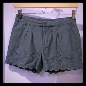 Gap kids size 12 girls olive dress shorts New/tags